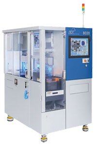 Die Wafersäge von ADT 8020 ist ein Doppelspindel-Dicing-System und Vollautomat für unterschiedliche Substrate geeignet.